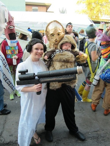 leia-3po-and-baby-chewie